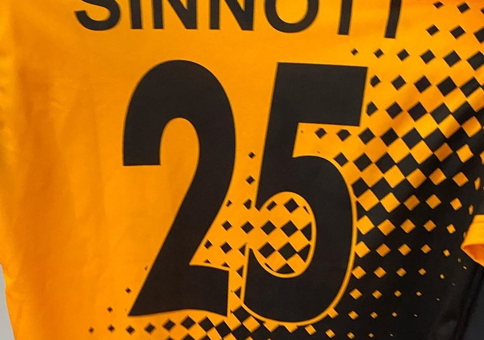 Cray Wanderers – Donation of club shirt in memory of Jordan Sinnott