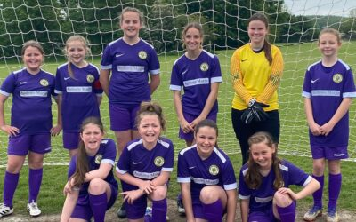 A Cray Wanderers first – The first Cray Wanderers Girls Team
